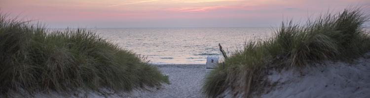 Familienurlaub an der Ostsee oder Nordsee buchen